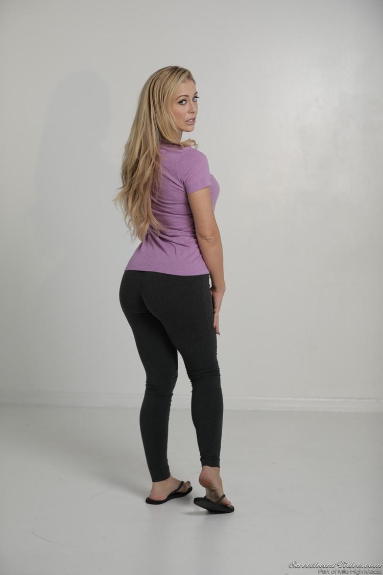 Yoga pants deville cherie Cumplimentary Training