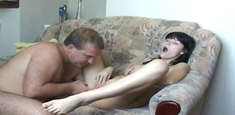 18yr mixed pussy loves this hairy arab dick real amateur 2