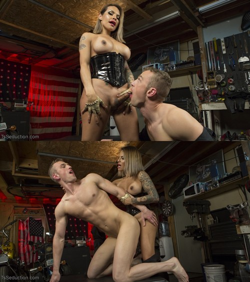 TS Foxxy, Alrik Angel - TS Foxxy Fills Alrik Angel's Tank With Hard Dick [HD 720p] (TsSeduction)