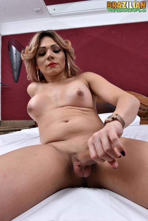 Priscilla Ferrari - Nurse Priscilla Ferrari [HD 720p] (Brazilian-Transsexuals)