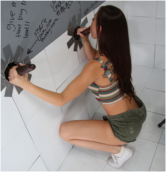 aidra fox gloryhole