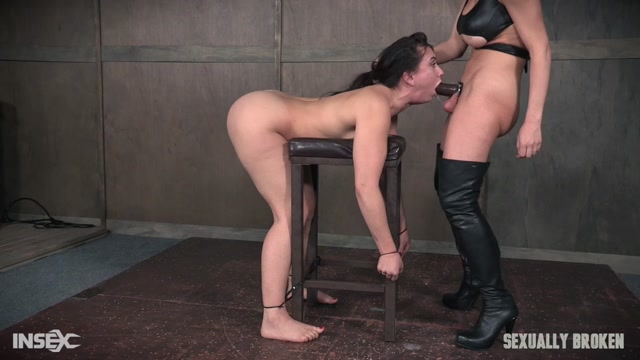Mandy_Muse___Dee_Williams___Mandy_Muse_and_her_amazing_booty_gets_abused_with_cock__pussy_and_ass_smothering__Face_fuckings_.mp4,
