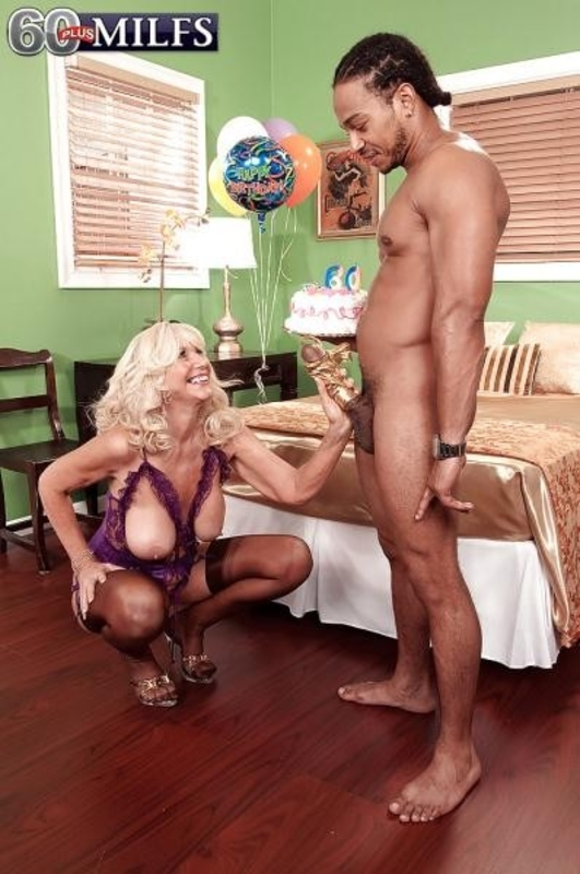 Summeran Winters - Summerans Birthday Party Continues   In Her Ass