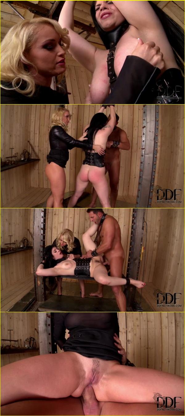 Two Girls One Guy Deep Throat Ass Licking Free Porn D9