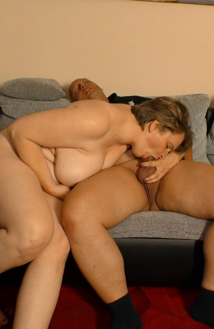 Naughty fuck and cum in mouth for BBW mature German blondie