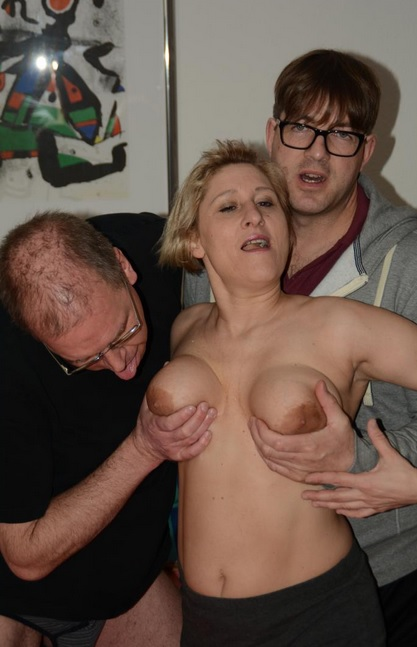 Ass sex in MMF threesome with German amateur mature blonde Teresa R
