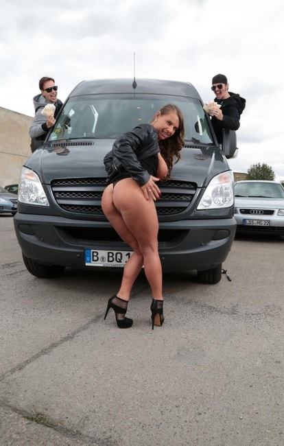 Interracial threesome in the bus and cum on tits for German MILF Sexy Susy