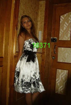 f1377_s.jpg
