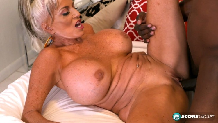 SALLY D ANGELO WHITE CHICKS BLACK DICK PORN
