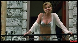 Denise Richards & Neve Campbell - Wild Things (1998) 1006_s