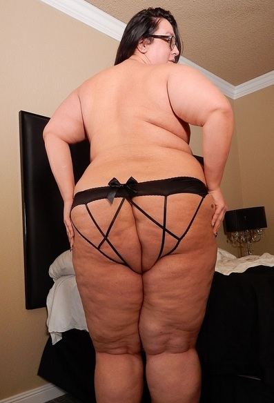 massive SSBBW TS Sophia Marie wants you to cum
