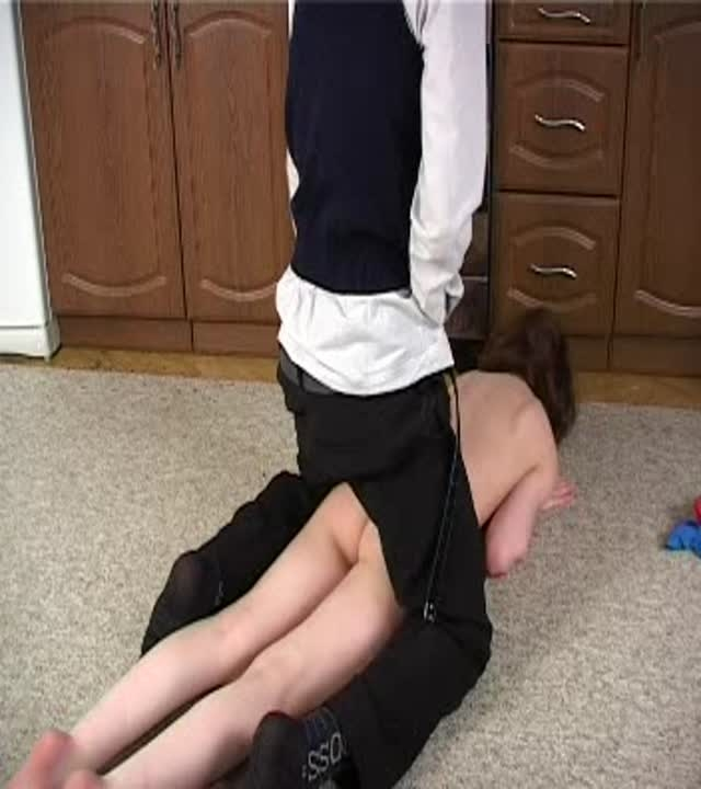 charming slim daughter gets cruelly abused by her dad (image 1),