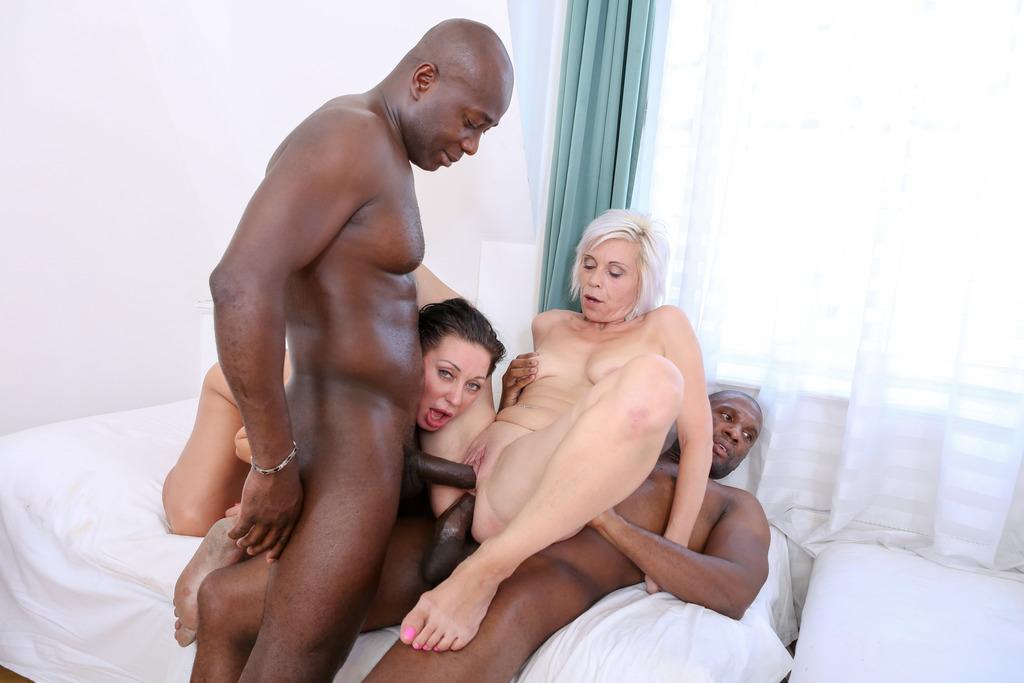 LegalPorno - Interracial Vision - Kathy White, Eva Ann and Sofie in kinky MILF interracial orgy 4on3 DP IV013
