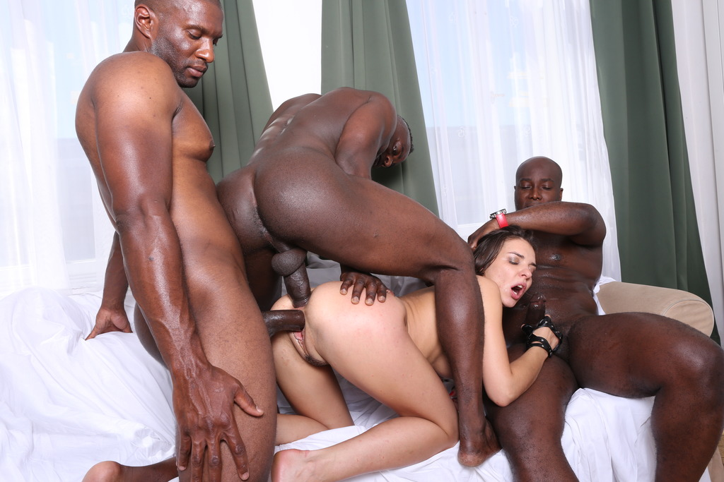 LegalPorno - Interracial Vision - Psycho Henessy is back to face 3 black bulls IV081