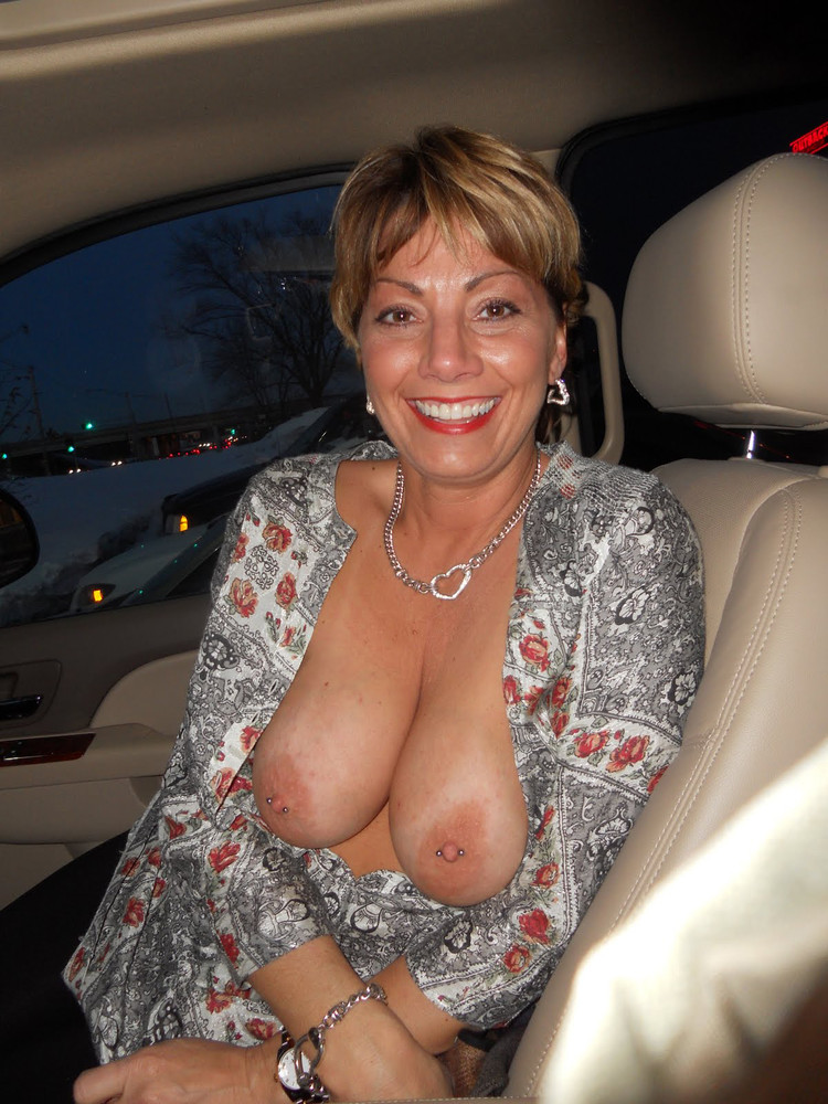 Milfs with huge boobs