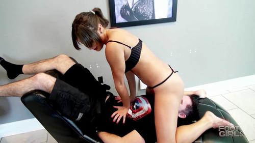 Bratty Foot Girls – ChiChi Medina – I'll show my tits while I FACESIT you!