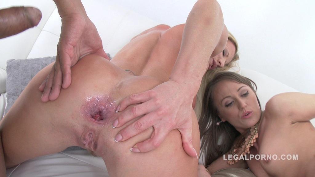 LegalPorno - Gonzo_com - Ass eating sluts Angel Karyna & Lara De Santis double anal foursome SZ1191