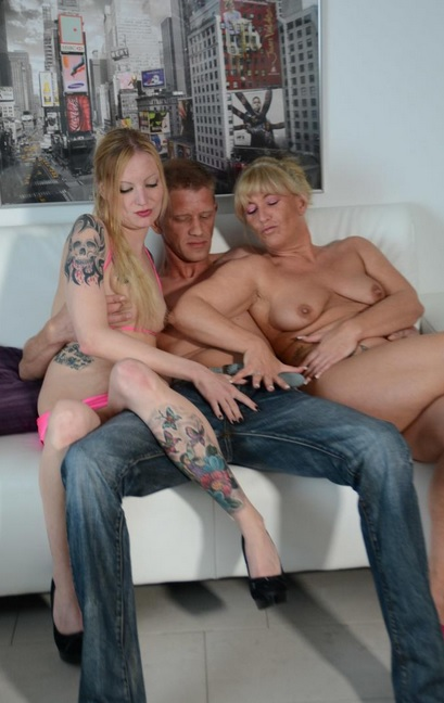 Fat Mature Milf Threesome