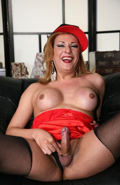 Sensual fuck with gorgeous tranny Milena Ninfeta