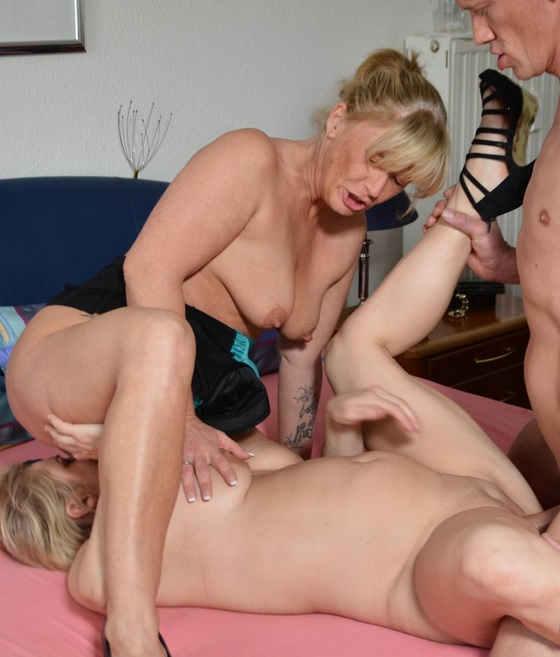 Old Young Amateur Threesome