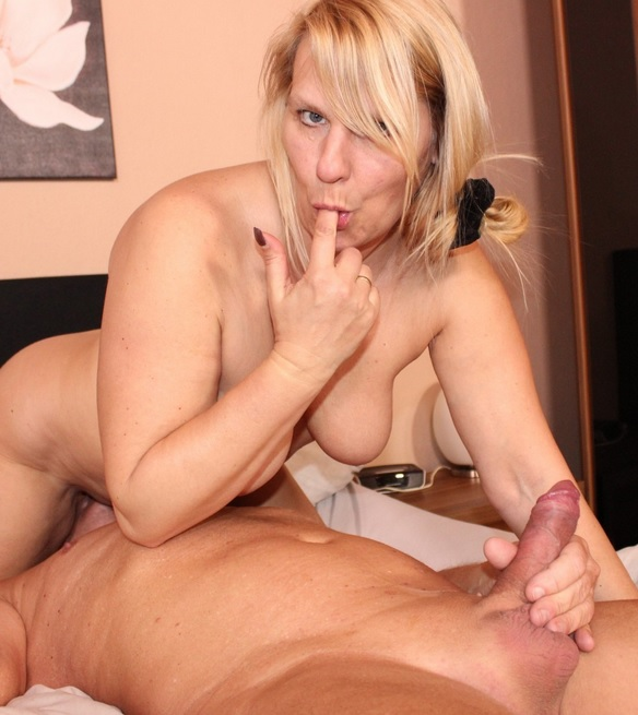 German blondie Sweet Susi gets cum on her big tits in hot mature fuck