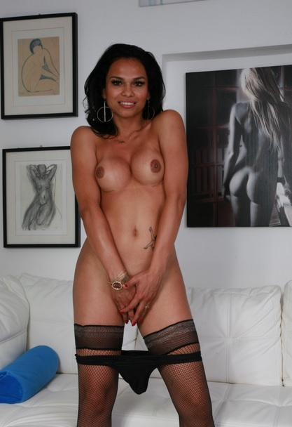 Gorgeous Latina tranny Nauana Lima gets cum covered in hot hard fuck
