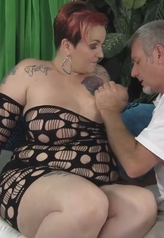 Gorgeous big titted BBW milf getting her pussy banged for titty cumshot