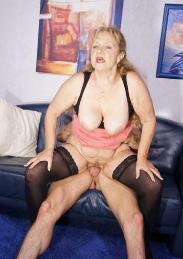 Cum on tits splurge for busty blonde German granny