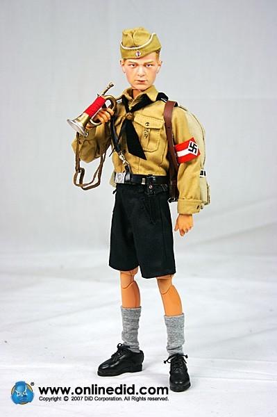 Une poupée Nazie. Did-dragon-in-dreams-wwii-german-hermann-weber-hj-hitler-jugend-_2_-324-p