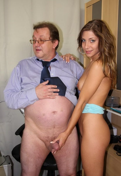 Dirty Dad finds his gf and ger daughter naked