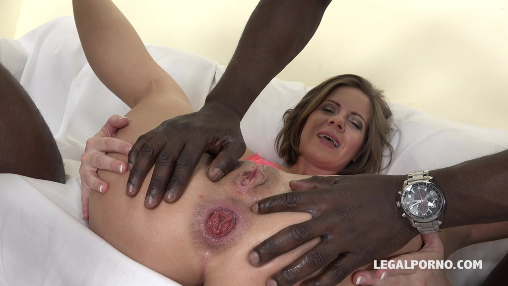 LegalPorno - Interracial Vision - Sasha Zima is back to face three bulls. She gets fucked very well IV071