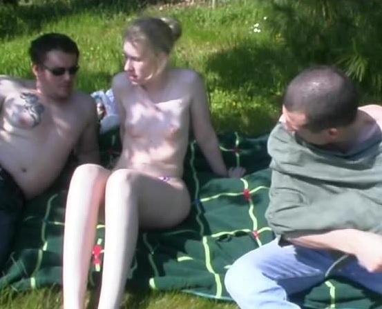 Voyeur enjoys outdoor threesome