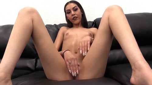 April / 06.03.2017 [Anal, First Time Anal, Creampie, Black Hair, Brunette, Painal, Teen, Toy, 720p]