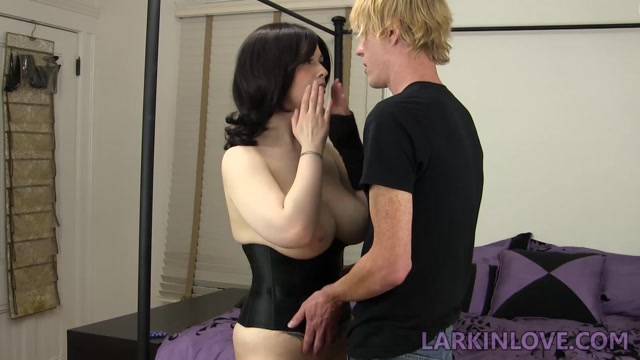 Pregnant Mom Gets Fucked By Son