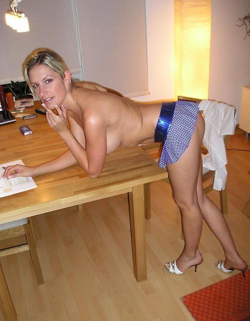College Girlfriend Want's To Do That On The Table