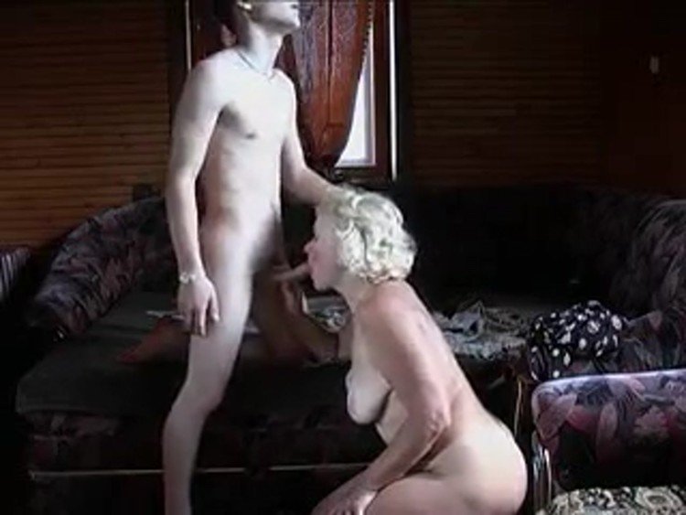 Son_Banging_Mother_in_Law.flv.00003,