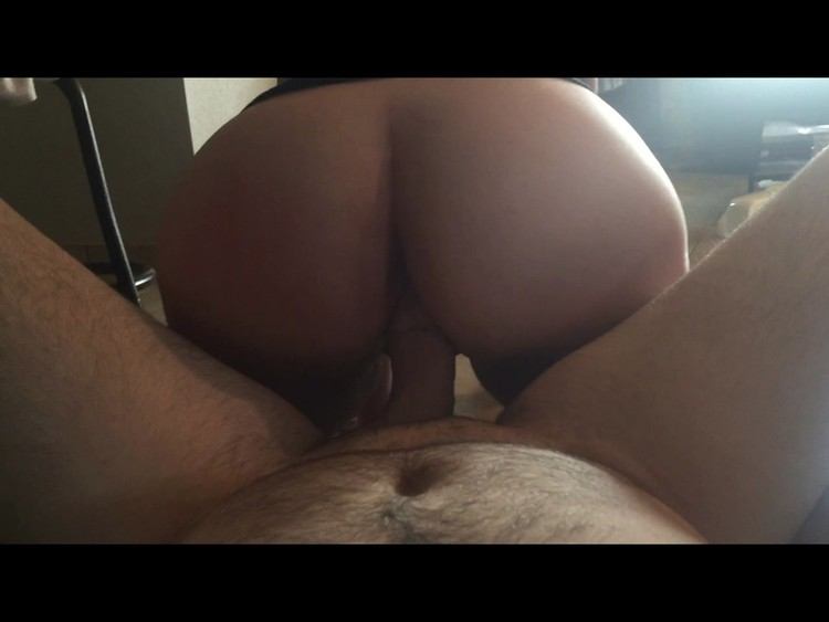 Nikki_Solo_Daddy-Daughter-Role-Play.mp4.00004,