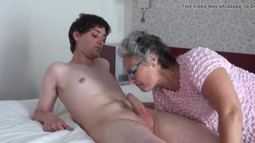 mature escort bromley women sucking dicks