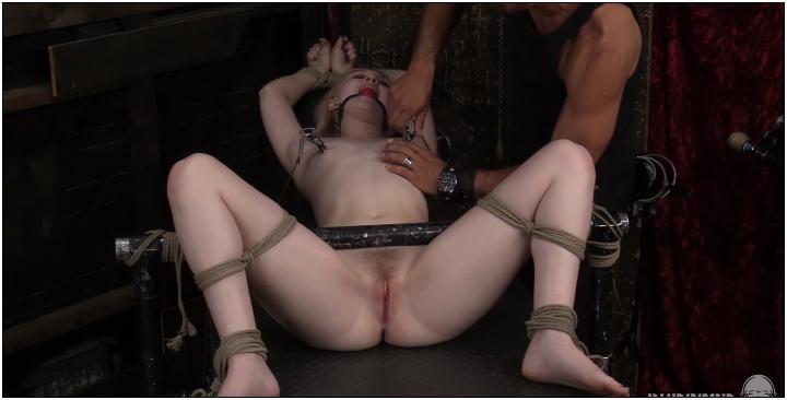 [SocietySM / DungeonCorp] Lily Rader – The Good Little Bondage Slave vid. 4