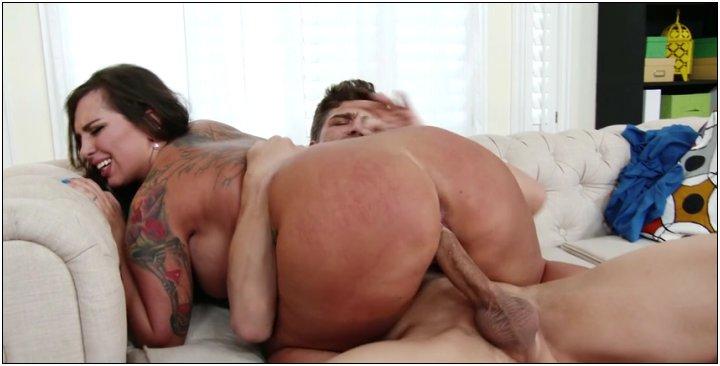 [MyFriendsHotGirl / NaughtyAmerica] Sydney Leathers (20951 / 23.03.16) [Ball licking, Big Ass, Big Dick, Big Tits, Blow Job, Blue …