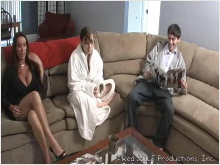 Big dick shemale fucks girl movie