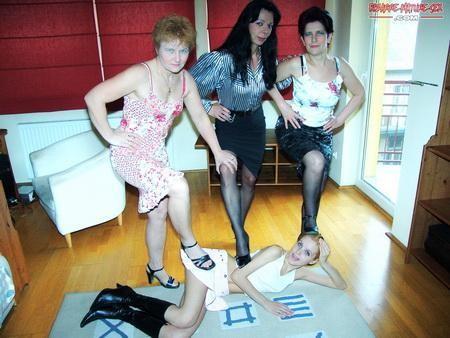 [Bizarre-Mature-Sex / Mature] Rozalia (48), Diva (47), Romana (54), Bernadette (21)