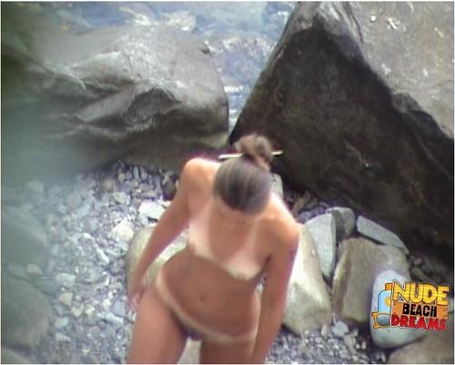 http://ist3-6.filesor.com/pimpandhost.com/9/6/8/3/96838/4/R/U/b/4RUbR/Nudebeachdreams142_cover_m.jpg