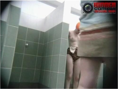 Young asian nudes blow job