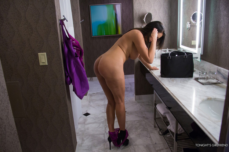 Jealous Rob Kardashian Claims Ex Blac Chyna Had Weight Loss Surgery