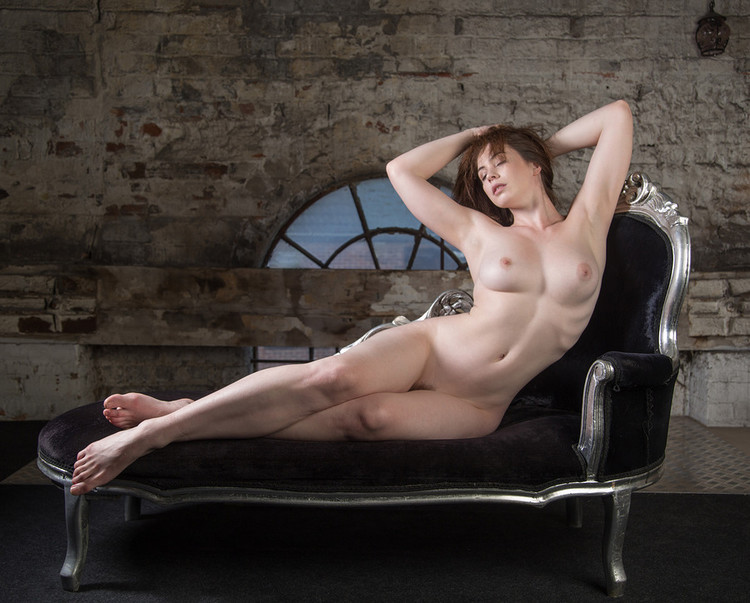 Beth spiby shows her naked body, no biggie thefappening