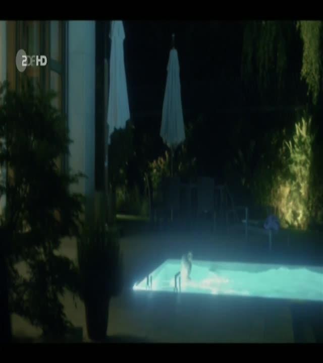 Jasna Fritzi Bauer Nude Blochin Die Lebenden Und Die Toten