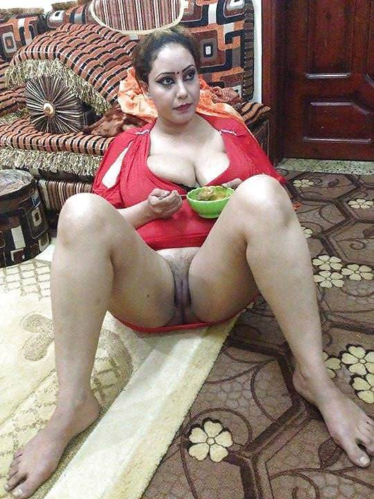 Iranian Sexy Girl Is A Naked