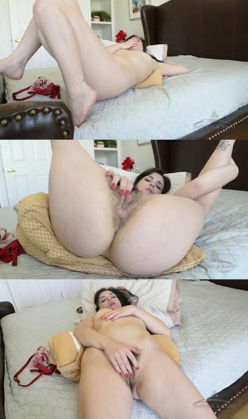unbelievable kinky jerks her dicks